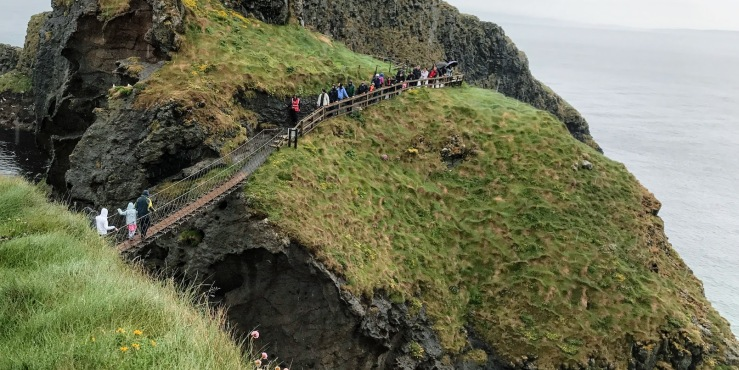 Carrik a Reed rope bridge